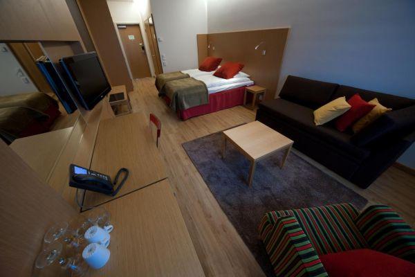 Улучшеный двухместный номер (33 м²)