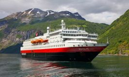 Лайнеры в круизах по Норвегии: флот Хюртигрюнтен