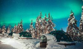 Стеклянные иглу в Лапландии