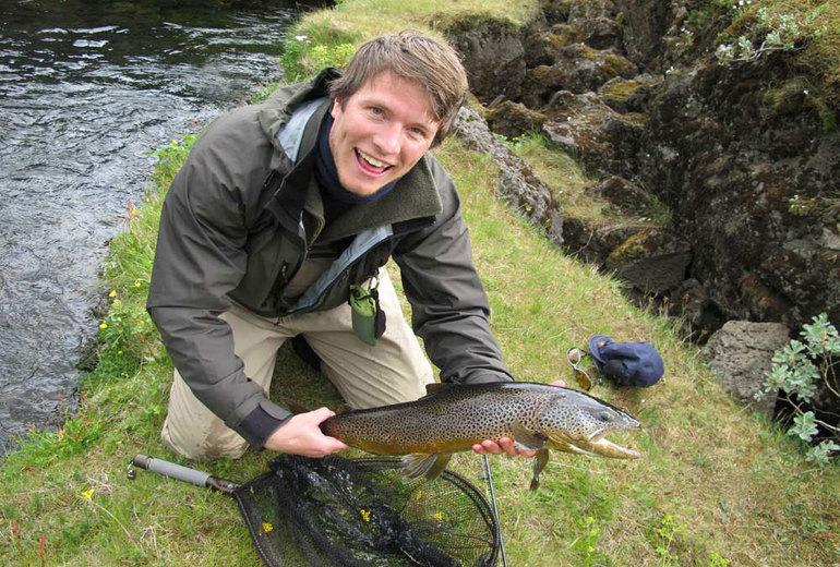 Прісноводна рибалка в Ісландії
