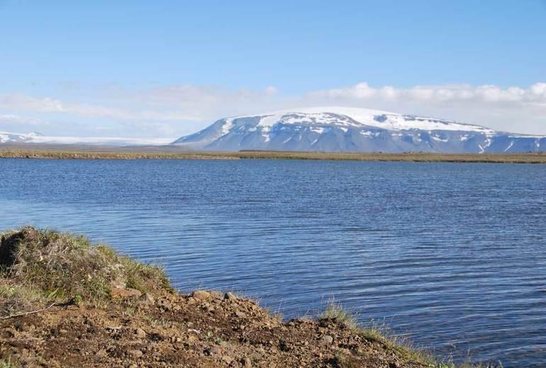 Рыбалка на форель. Ловля форели на озерах Исландии