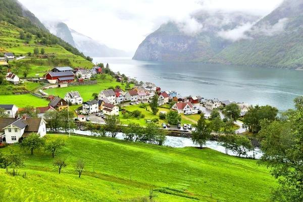 Авіатур по всій Скандинавії та фьордам Норвегії